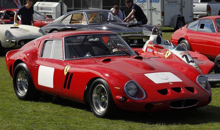İtalyan spor otomobil üreticisi Ferrari'nin yeni CEO'su belli oldu