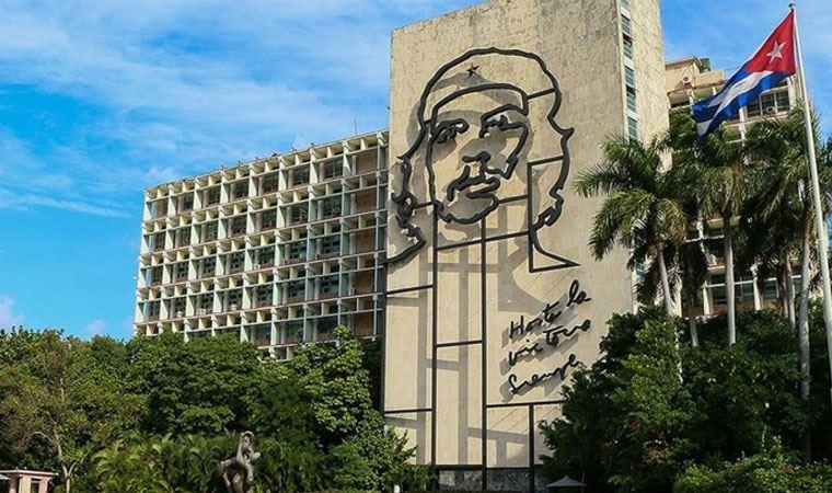 Rusya'dan Küba açıklaması: Her türlü desteği vermeye hazırız