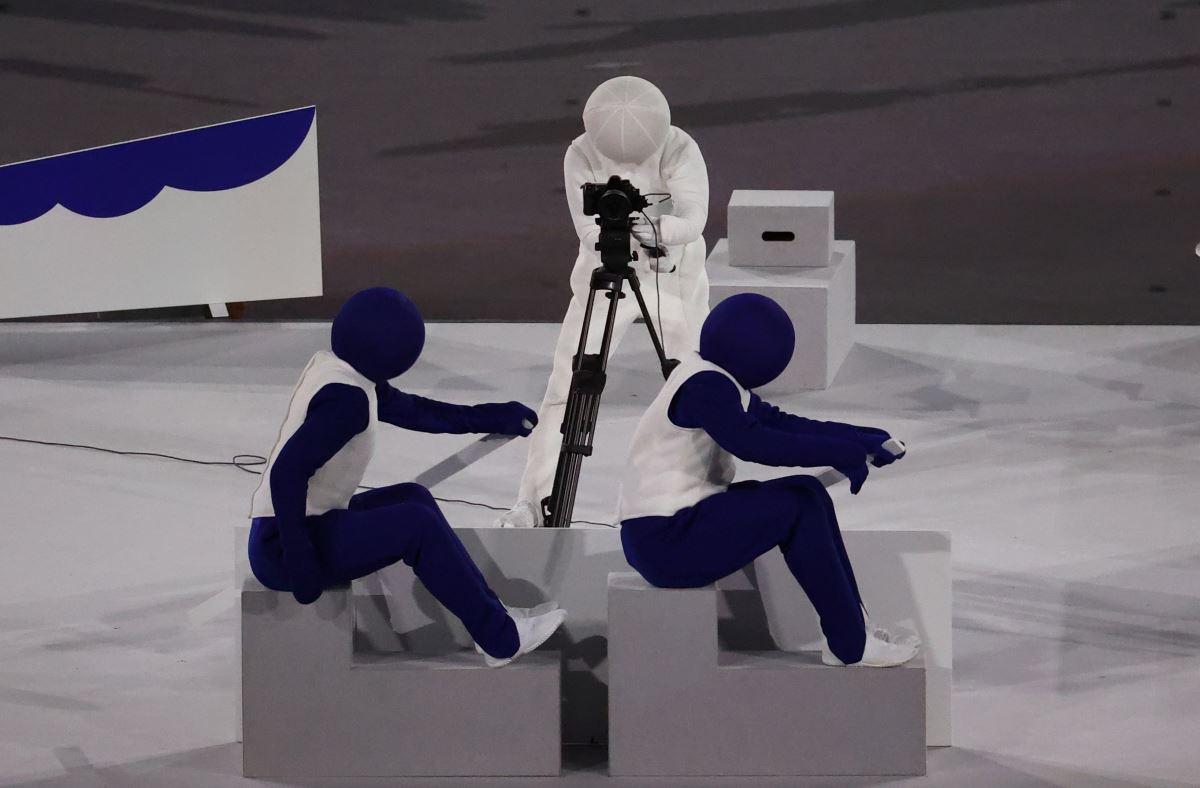 <p>Törende, olimpiyatta yer alan 50 spor dalı için kullanılan pictogramlar, performans sanatçıları tarafından canlandırıldı.</p>