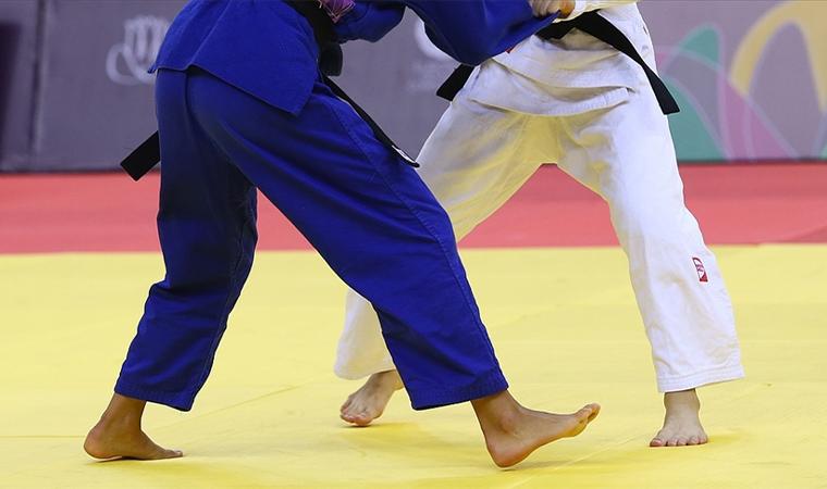 İsrailli rakibiyle eşleşmemek için olimpiyattan çekildi