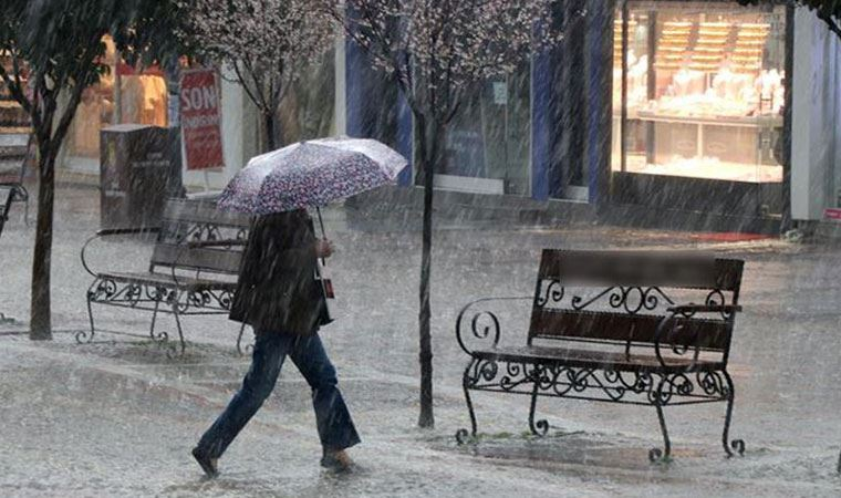 Meteoroloji Genel Müdürlüğü Karadeniz'de şiddetli yağış beklendiğini duyurdu