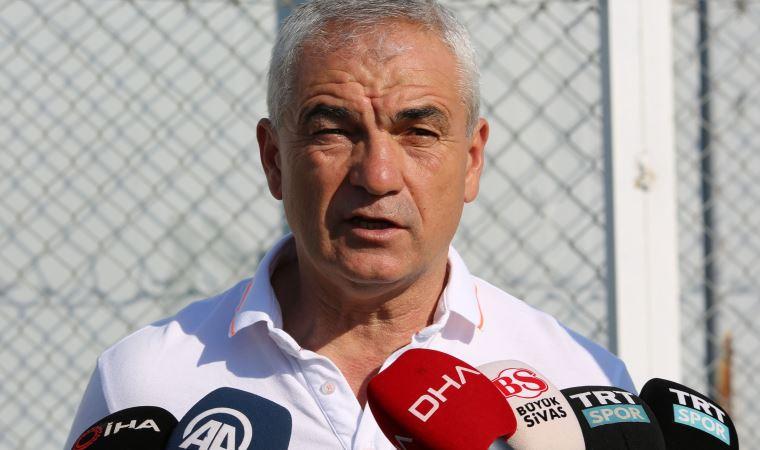Sivasspor Teknik Direktörü Rıza Çalımbay, Petrocub ile oynayacakları rövanş maçında futbolcularına güveniyor