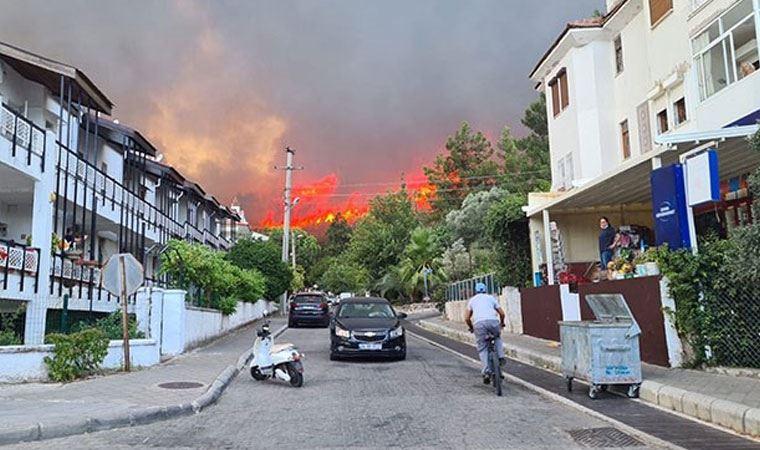 Bodrum ve Didim! Yangın yerleşim yerlerine yaklaşıyor