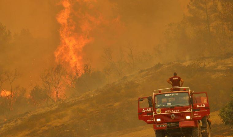 Orman yangınları kontrol altına alınamıyor: Bakanlar açıklama yaptı