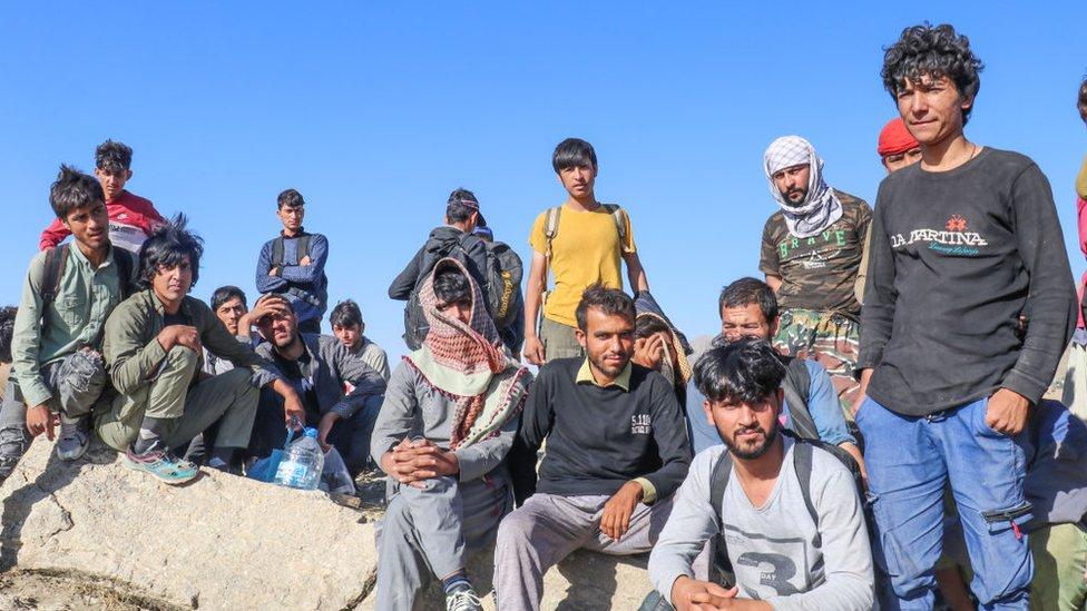 Afgan göçmenler arasında neden kadın ve çocuk yok?
