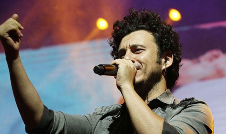 Şarkıcı Buray'ın konserde 12 bin TL'lik sazı çalındı