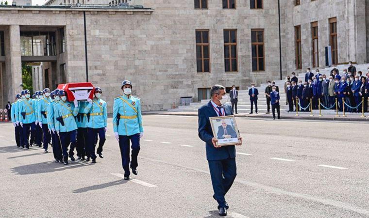 Şahin Mengü için Meclis'te cenaze töreni düzenlendi