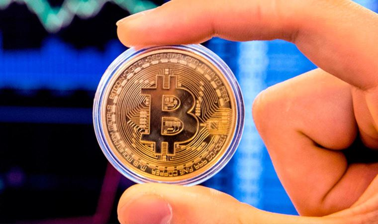 Bitcoin tepetaklak! 6 hafta sonra bir ilk