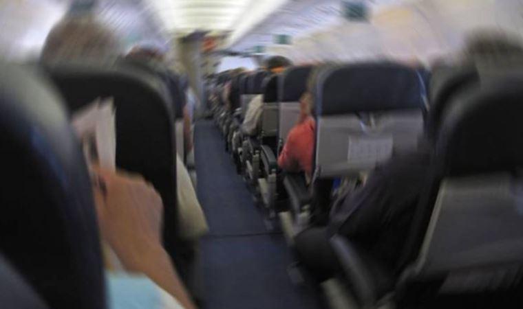 Üniversite öğrencisine uçakta taciz