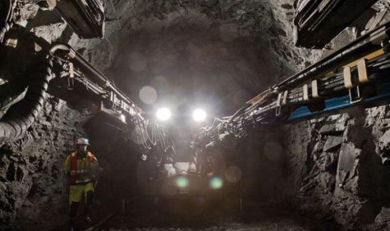 Maden ocağında 39 işçi mahsur kaldı