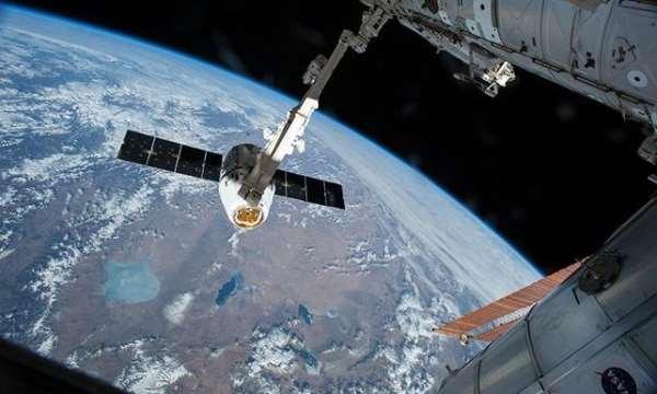 Rus şirket uzaya reklam panoları göndermeyi planlıyor