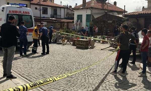 Konya'da kafeye av tüfeğiyle ateş açıldı: 1'i çocuk 2 yaralı